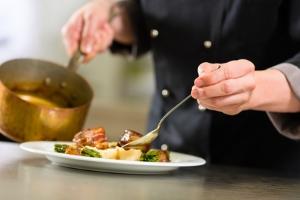 chef cuisinier conciergerie privée luxe var