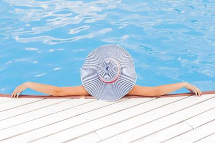 Swimming pool maintenace by Arma Prestige